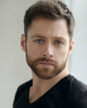 Richard Rankin_Roger Wakefield