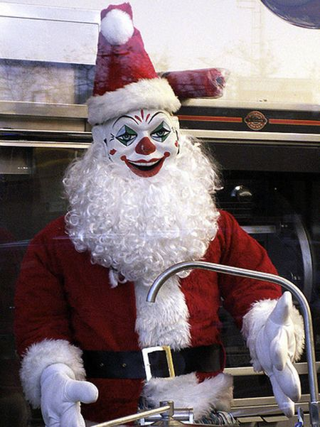 evil-clown-santa-claus