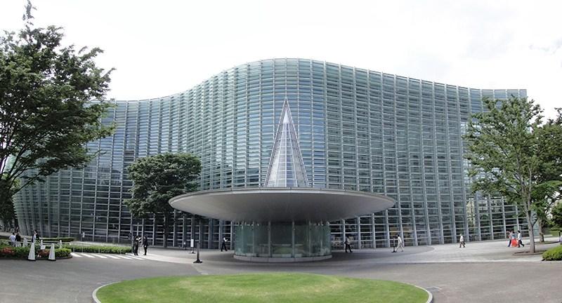 國立新美術館
