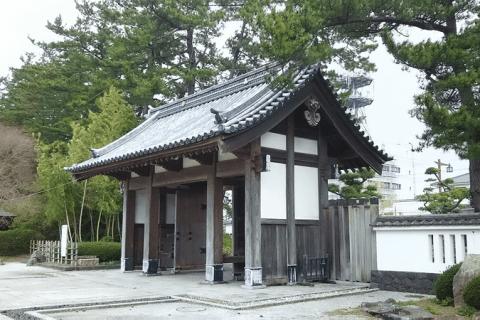 【秋田】可以同時觀賞花園、史蹟跟溫泉哦!由利本莊市著名史蹟「本莊公園」