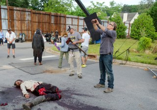 the-walking-dead-episode-602-bts-greg-nicotero-935