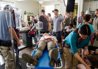 the-walking-dead-episode-602-bts-michael-satrazemis-935