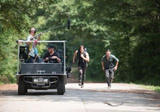the-walking-dead-episode-610-daryl-reedus-rick-lincoln-935