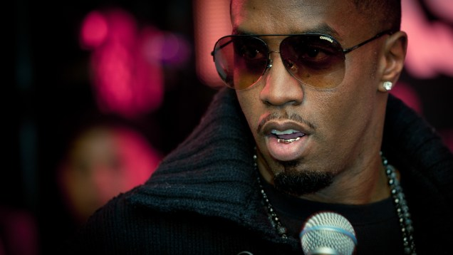 Diddy And Dirty Money – HMV Oxford Street Single Signing