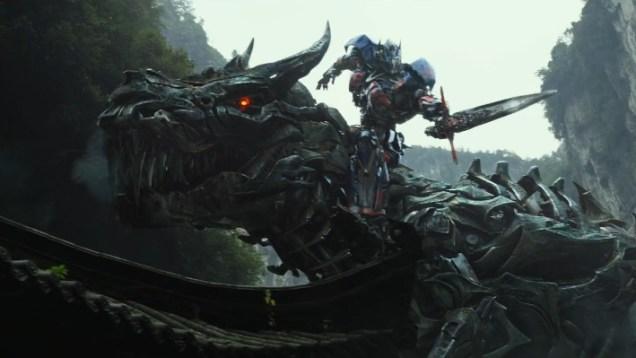 Transformers-Age-of-Extinction-Super-Bowl-TV-Spot-Screenshot1