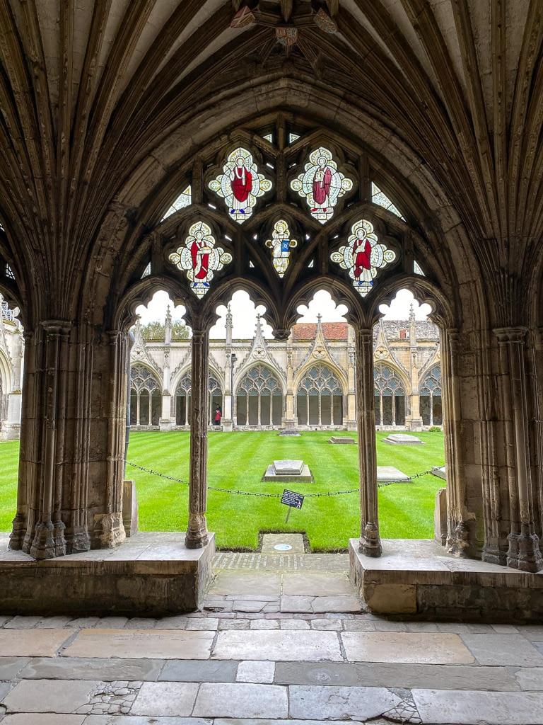 Visiter le Kent : Canterbury cloitre