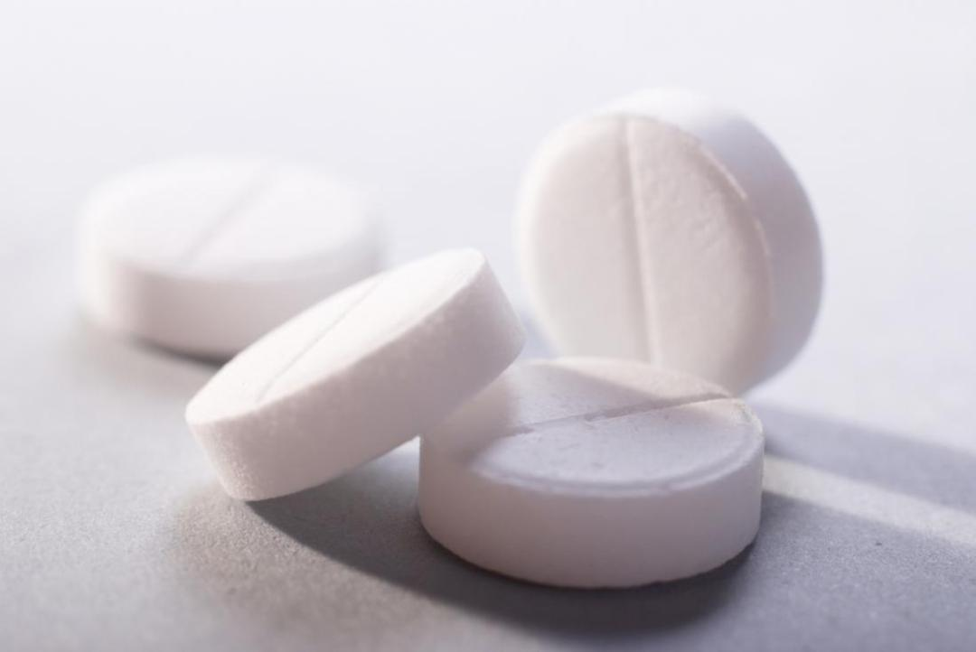 Low-dose aspirin may cut breast cancer risk by a fifth