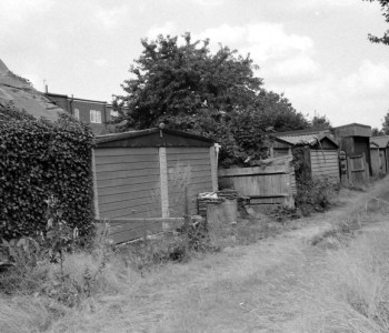 End Points image of Morden Copyright Timothy Whittlesea
