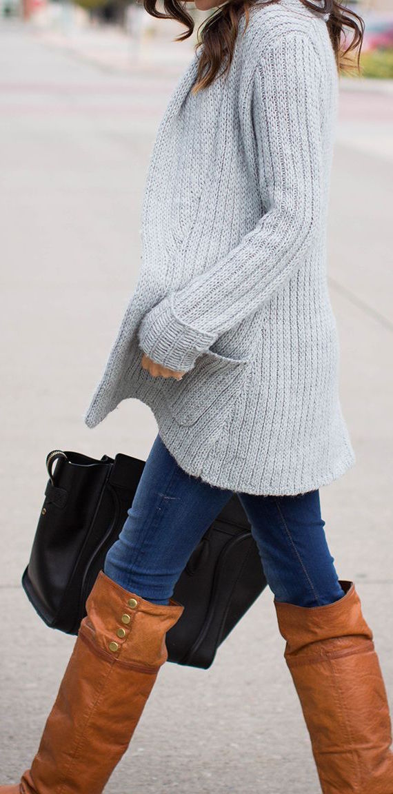 chunky-sweater-tall-boots