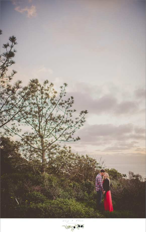 engagement pictures by the ocean
