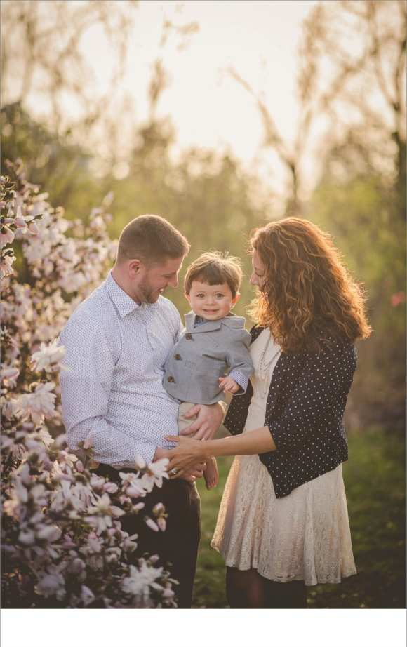 happy couples, happy families, blossoms, trees, outdoor sessions