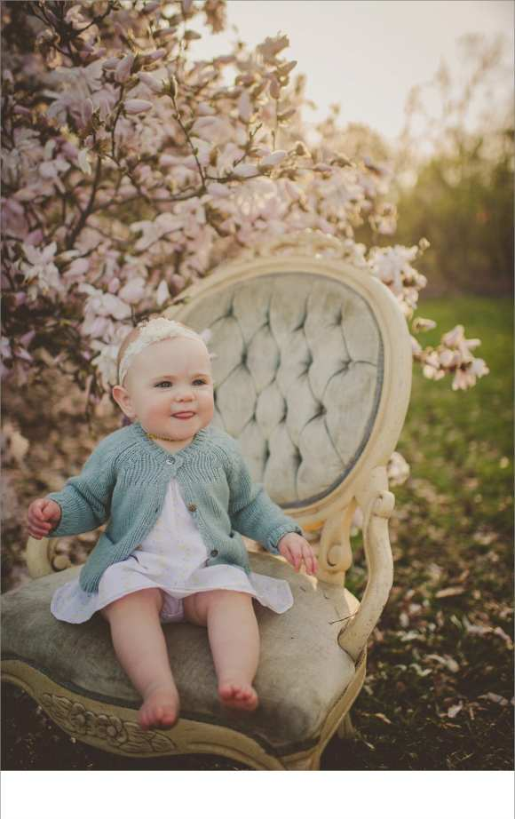 bonnets, hair flowers, chairs, backdrops, blossoms, sweater, outdoor sessions, Madison area photographers