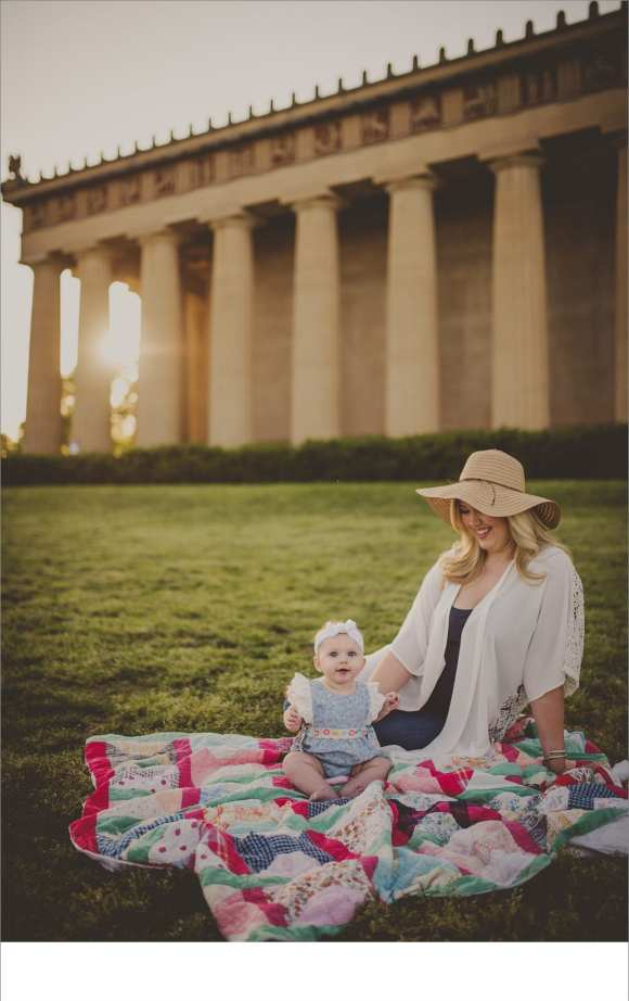 moms and daughters, Nashville backdrop, outdoor sessions, blankets, hair flowers