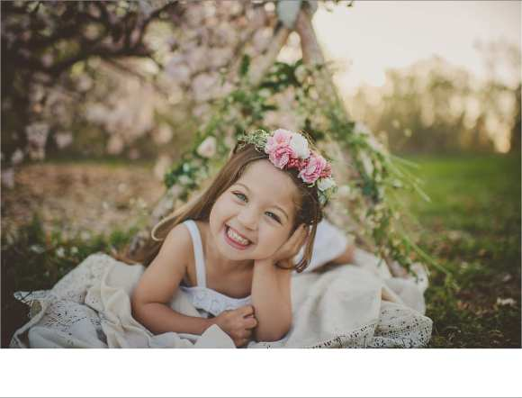 blankets, hair flowers, siblings, child and family sessions, happy kids, Madison area photography sessions