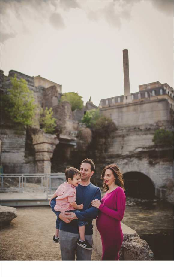 Minneapolis MN Maternity session, outdoors, sunset, historic twin cities