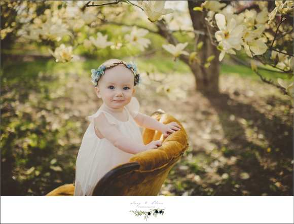 children and families, olbrich gardens, arboretum, happy parents, families, couples, children, outdoors, scenic, madison backdrop, orange chair, blossoms, blooms, hair flower, cute kids, Twig and Olive Photography, Sun Prairie area photographers