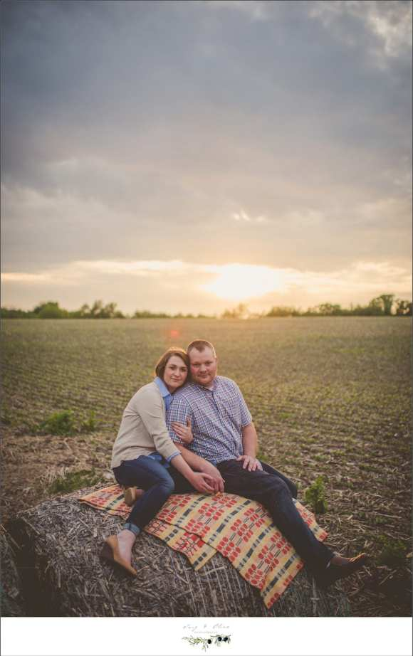Round bales, sunsets, blankets, picnics, love, life, happiness, engagement sessions, fields, outdoor sessions, perfect