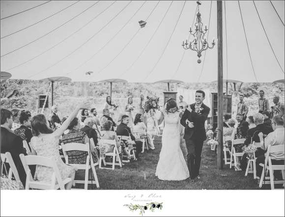 black and white wedding picture
