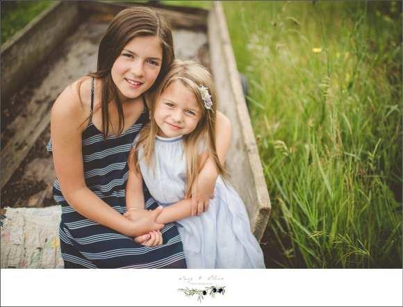 children and family, cute kids, prairie grass, sisters