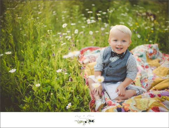 blankets, toddlers, vests, bowties, smiles, giggles, prairie grass, toddler sessions