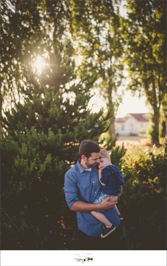 Seattle Washington family sessions, dads and sons, happy families, Washington backdrop