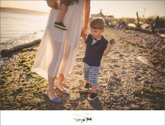 seattle beaches, moms and sons, happy families