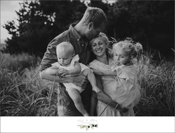 black and white family sessions, handful of trouble, seattle washington families