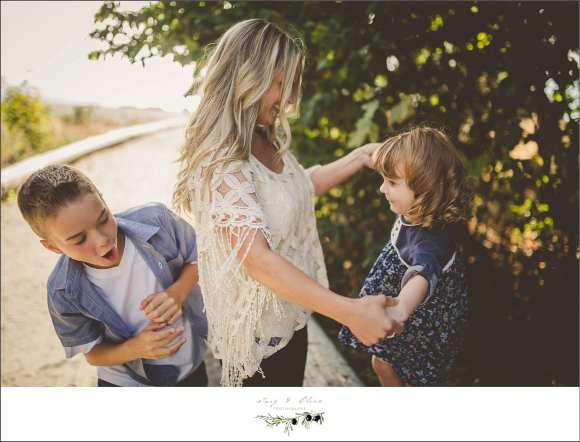 Seattle Washington family session, brother, sister, outdoor session