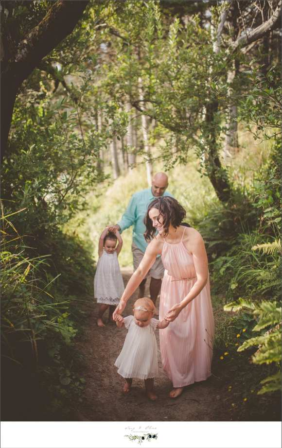 pink dress, sea foam green shirt, family sessions