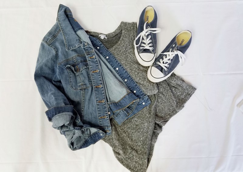casual dress and converse