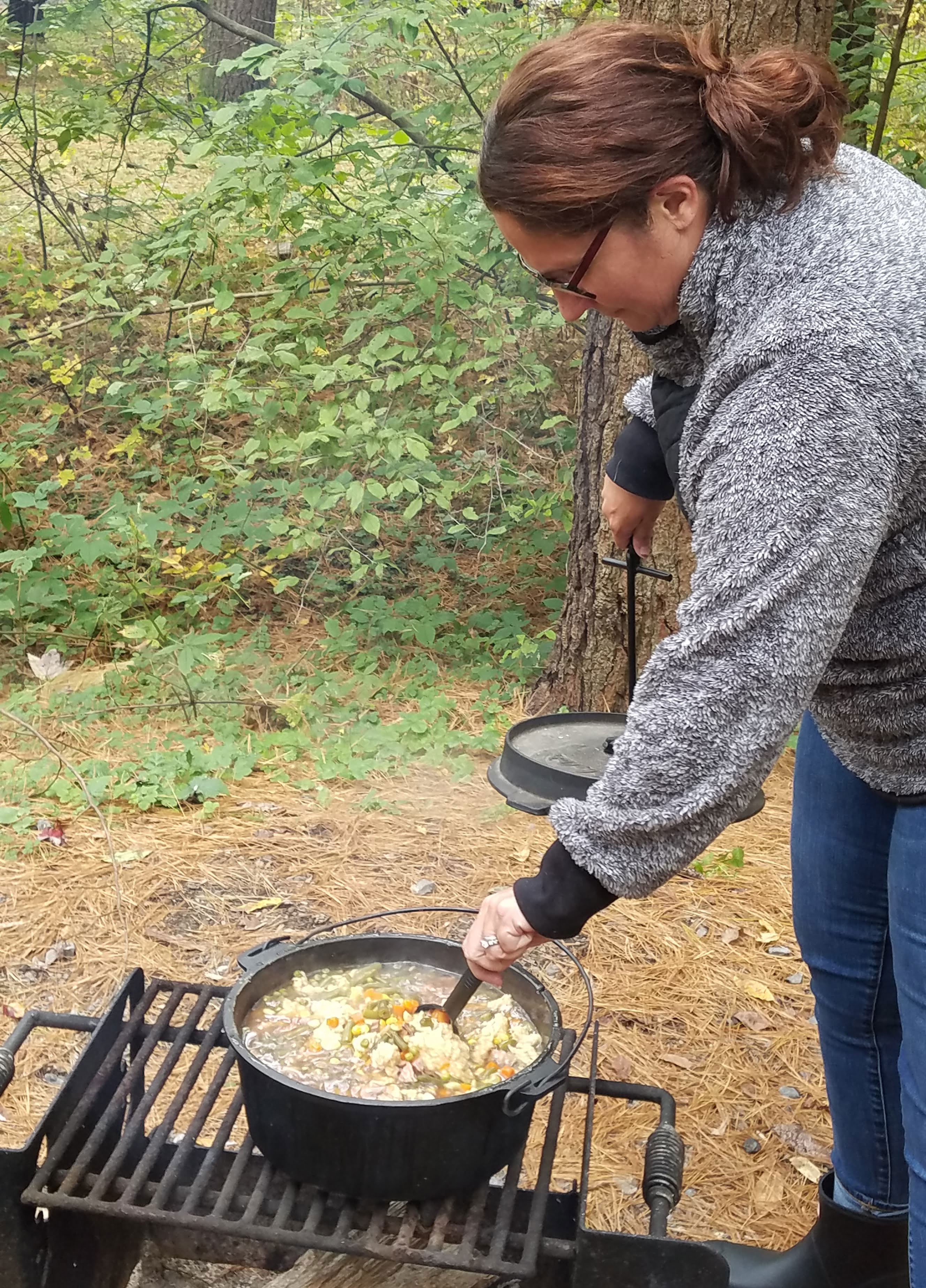 fall-picnic-in-the-woods-3