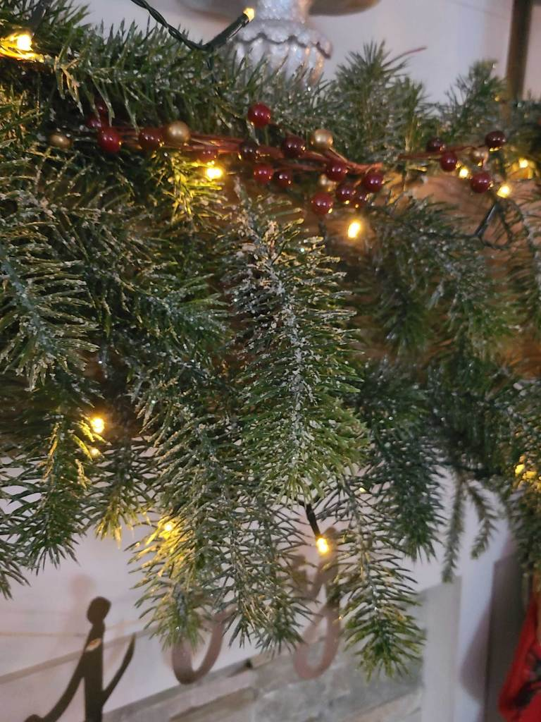 holiday greenery for the fireplace mantle
