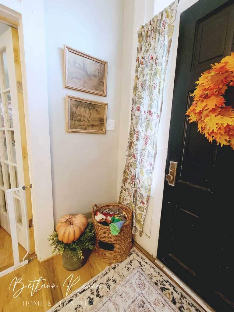 warm and welcoming fall foyer