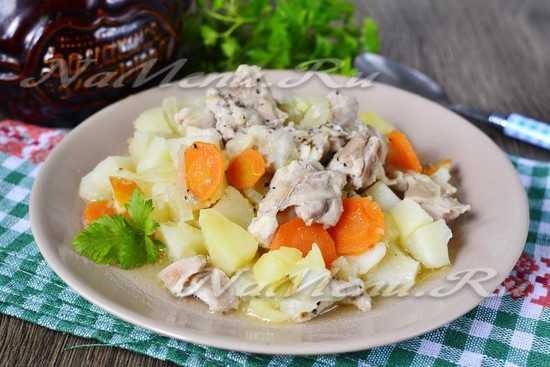 Горшочек в духовке с курицей и картошкой – Картошка в ...