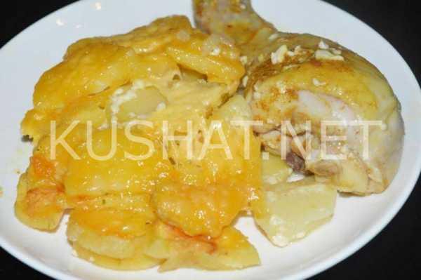 Рецепт курицы с картошкой в духовке с фото пошагово ...