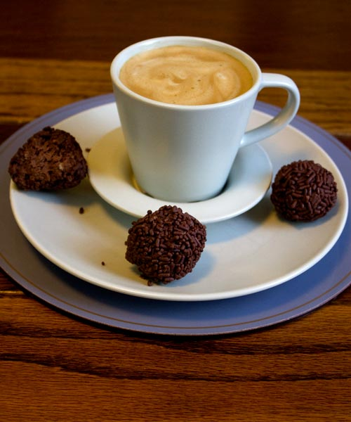 Coffee with Champagne & Waffles Truffles