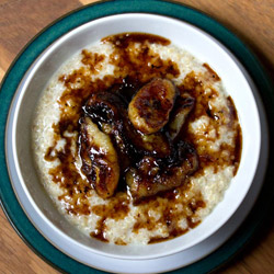 Quinoa Porridge with Caramelized Bananas