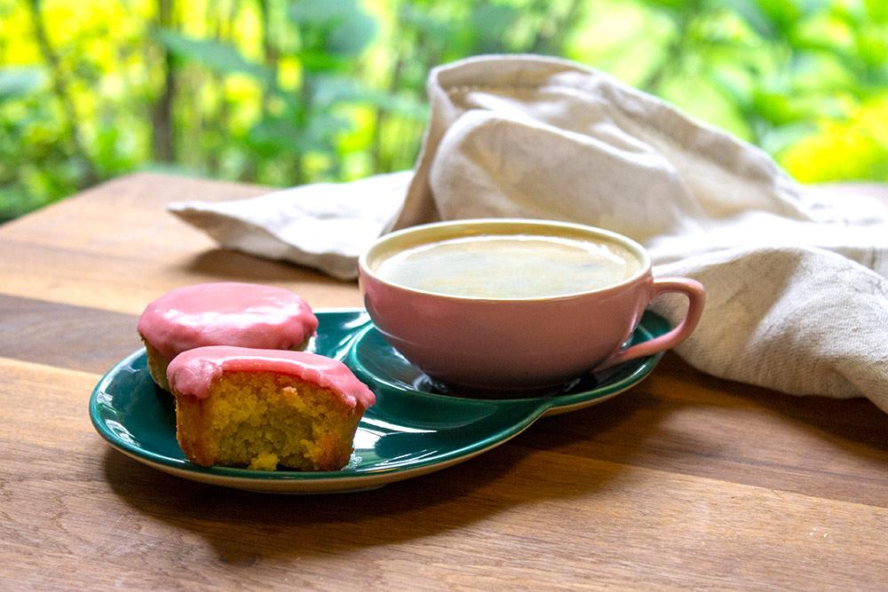 Gluten-free Pink Cakes