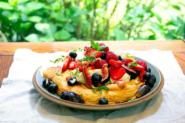 slovenian vanilla souffle omelette