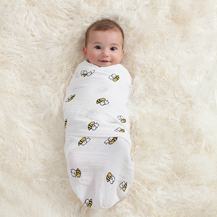 2027g_3-classic-4-pack-swaddle-mod-about-baby
