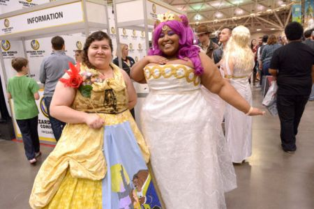 Brichibi Cosplays (right) and her partner Snow Tigra at Minneapolis Comic Con