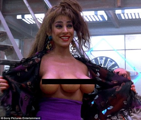 Total Recall 1990 three-breasted woman (censored)