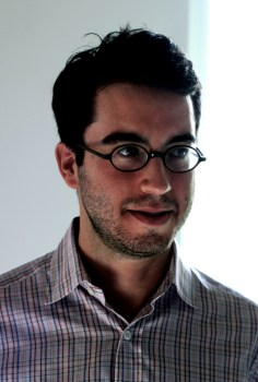 Photograph of author Jonathan Safran Foer