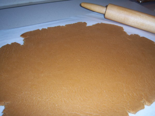 Gingerbread dough and rolling pin