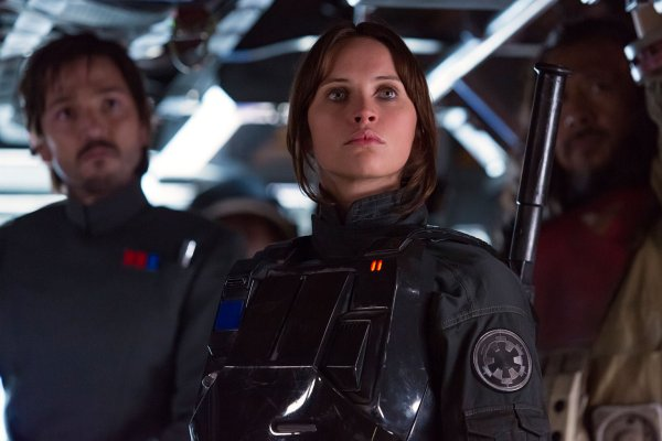 Jyn Erso in Imperial disguise
