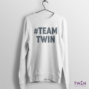 #TEAMTWIN Bold Jumper Athletic Grey