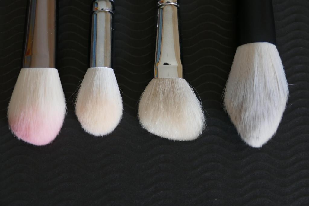 best highlighter brush comparison