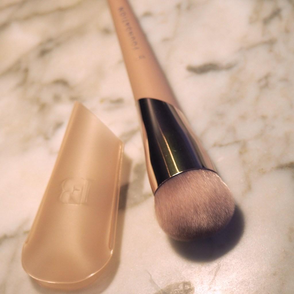 Fenty Beauty Full-Bodied Foundation Brush