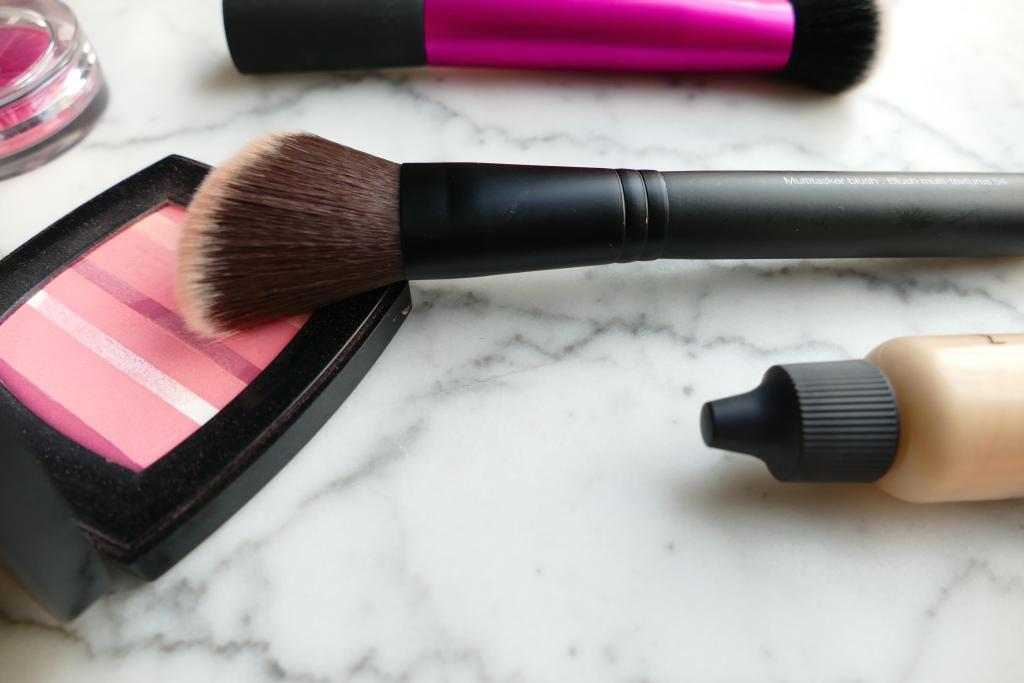 best synthetic cheek brush