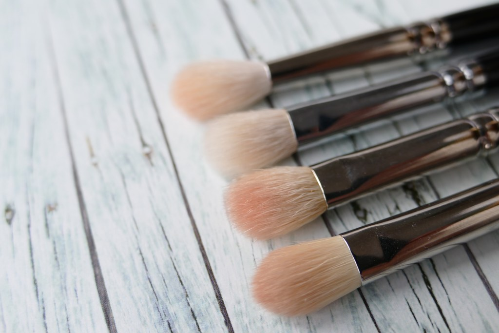 blending brush comparison MAC, Zoeva, Hakuhodo